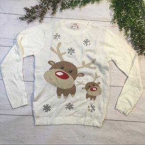 Raindeer Cream White Christmas sweater size small